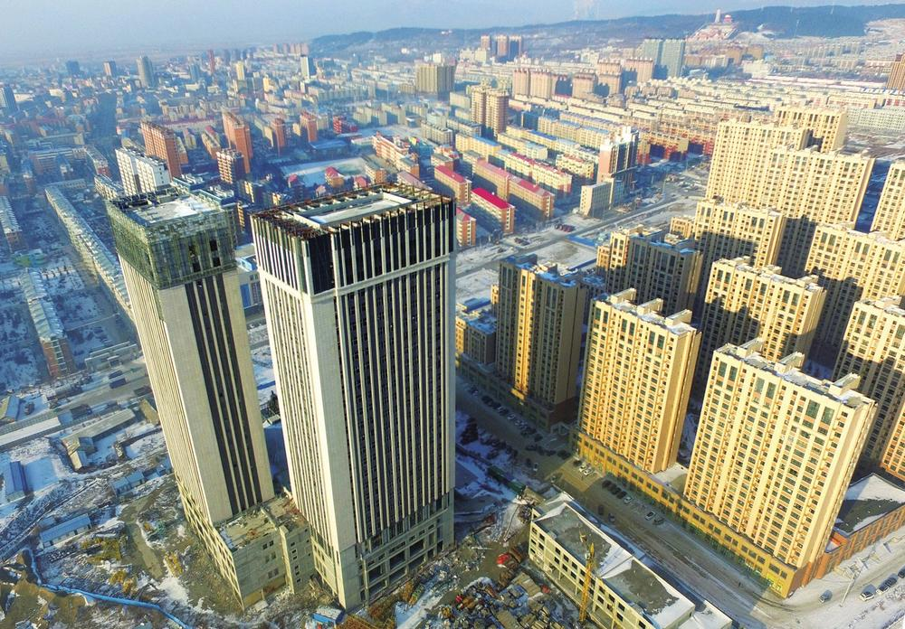 基础设施建设,东部新城粗具规模,城市框架有序拉大,一座集现代