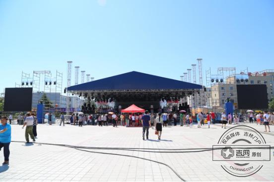 2017东北亚文化旅游美食节27日狂欢开幕节乐家美食图片