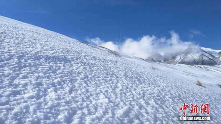 5월에 눈 내리는 풍경, 간쑤 치롄산의 운산&무해 장관
